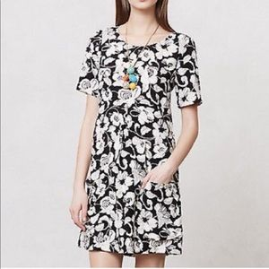 Anthro Maeve B&W Floral Pocket Mini Shirt Dress